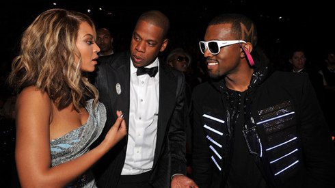 Here are Beyonce, Jay-Z & Kanye West, Just some amazing performers !