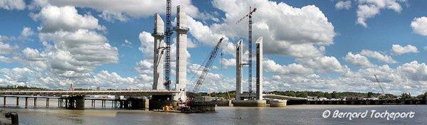 Bacalan Bastide, construction du nouveau pont 2012, les photos du pont qui avance ...