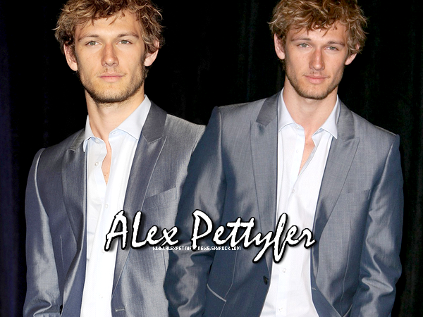 .WELCOME ON ALEXPETTYFERNEWS !  Your source about Alex Pettyfer ♥.