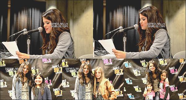 Mercredi 13/12/11 Selena a de nouveau participé au Jingle Bell Ball  à San Jose. Qu'en pense tu ?   Le rouge lui va bien mais sa tenue et tous simplement horrible ! flop pour moi      top (O) flop (2)