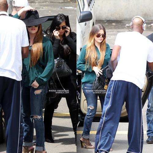 CANDIDS 3.11.11 : Kim, Khloe et Lamar, à l'aéroport de Sydney, Australie.