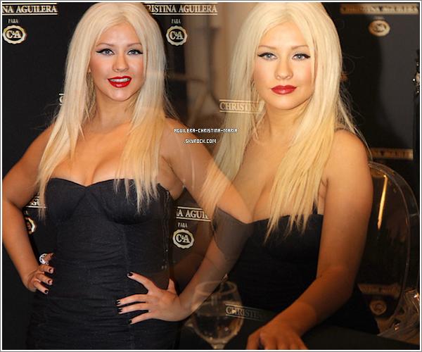 Photos de la conference de presse au Brésil pour C&A  Pour moi s'est un grand TOP, Christina est sublime. Pour vous TOP ou FLOP ?