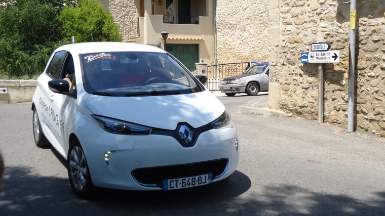 renault zoe provencevaucluse uto. Black Bedroom Furniture Sets. Home Design Ideas
