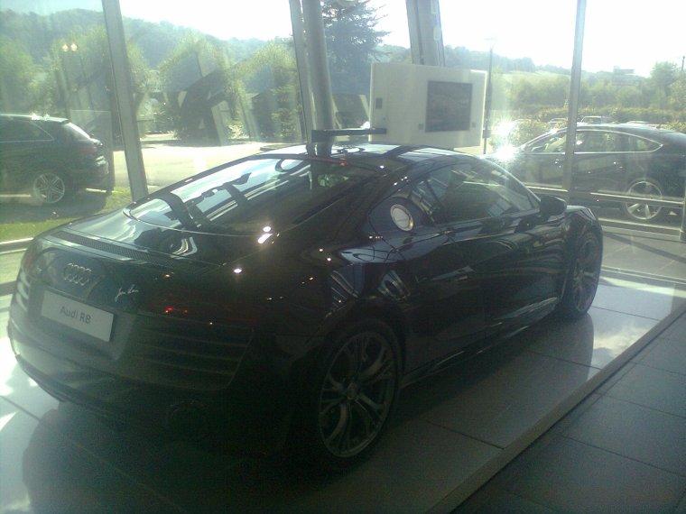 AUDI R8 V10 plus -V8 4.2FSI