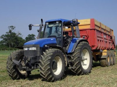 tracteur new holland avec remorque 3essieux