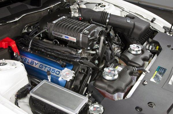 mustang GT350 avec un block de 500cv  prix environ 46000 euro