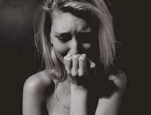 """Chapter eighteen BelievePassionately ©""""Je ne veux plus te voir Liam, j'ai beaucoup trop mal."""""""
