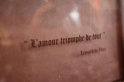 """""""l'amour triomphe de tout"""" #Leonard.D.V"""