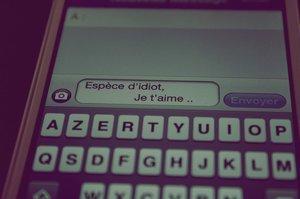 ~ i ǝɯıɐ,ʇ ǝɾ ♥ Et un mot qui nous fait tourner la tête ...