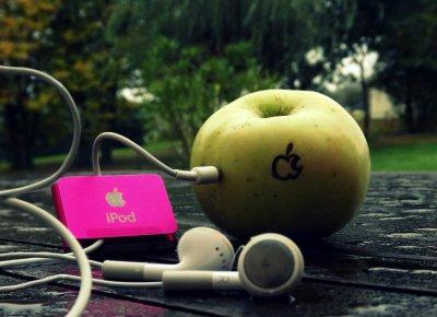 Votre temps est limité, ne le gâchez pas en menant une existence qui n'est pas la vôtre. - Steve Jobs