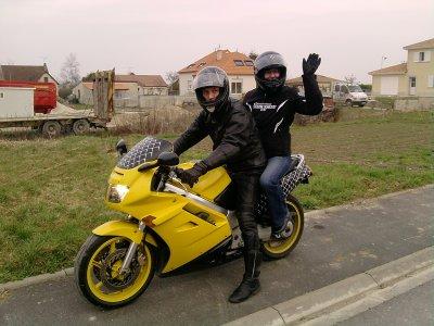 un petit tour de moto!!