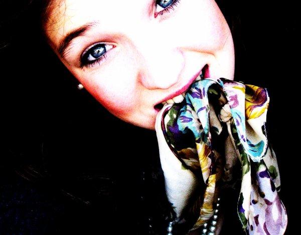 A I E B O O M C H A K A L A K A ☮☮.