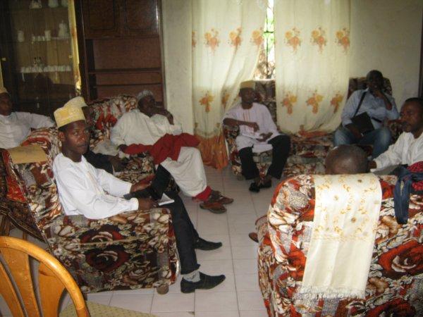 Le Président de la Diaspora de Tsinimoichongo accueilli par la Fédération