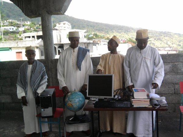 La Fédération projette ouvrir une salle informatique au collège