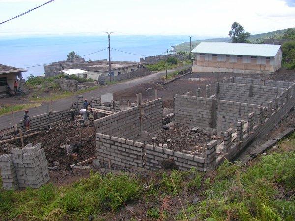 Projet Ecole Primaire Tsinimoichongo : Bientôt la fin des travaux