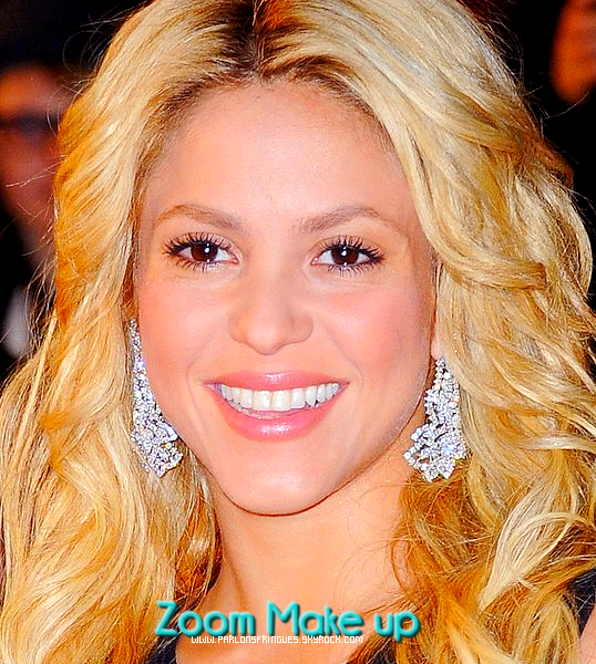 Shakira  assiste aux NRJ Music Awards 2011 le samedi (Janvier 22) au Palais des Congrès Palais des Festivals et des à Cannes, France.