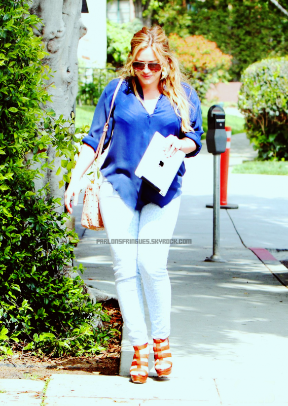 Hilary Duff : Joli TOP. ♥