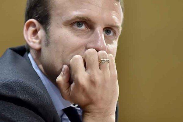 Emmanuel Macron busca disimular su condición de representante de la oligarquía