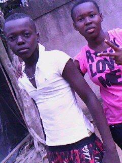 mo! et mon FrEre @Nd0CH ¤ GaRcOn PLAy BoY