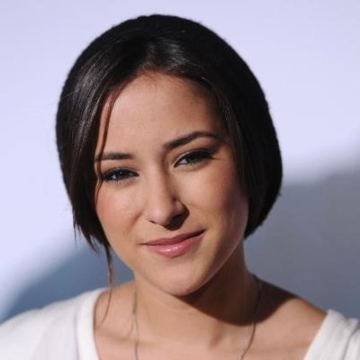 Zelda Williams, la fille de Robin Williams, rejoint le cast pour la saison 3.