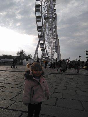 Jour 2 : Place Concorde...Champs-Elysée...Magasin...Marché de noël...Burger king ..
