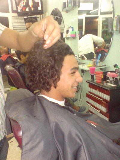 coupe le cheveux