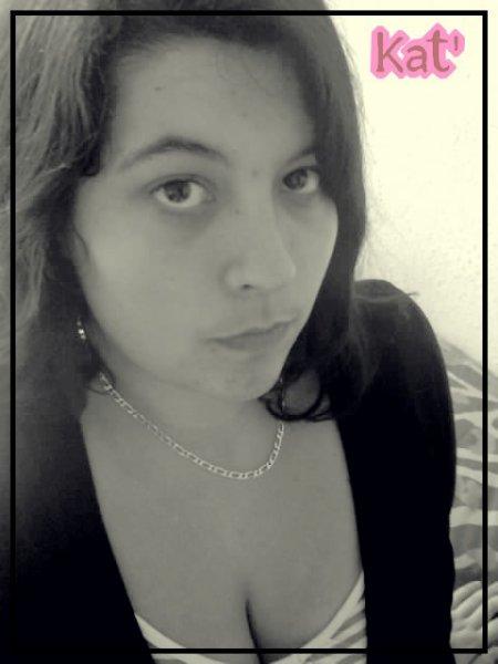 .  .   «  Ne t'empêche pas de L'aimer, car si tu y crois, un jour il y croira ... ♥  »   .  .