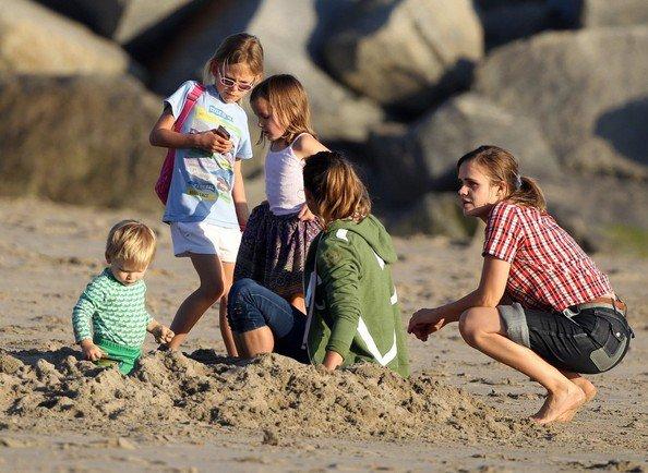 famille affleck a la plage