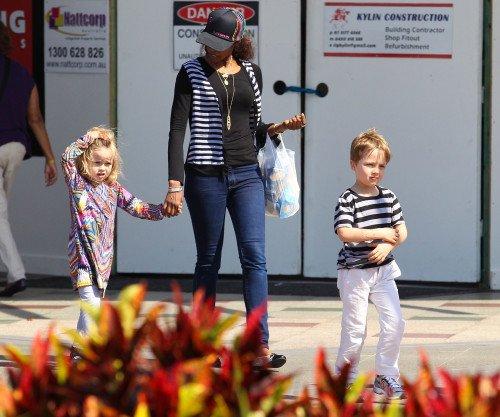 Knox & Vivienne Jolie-Pitt