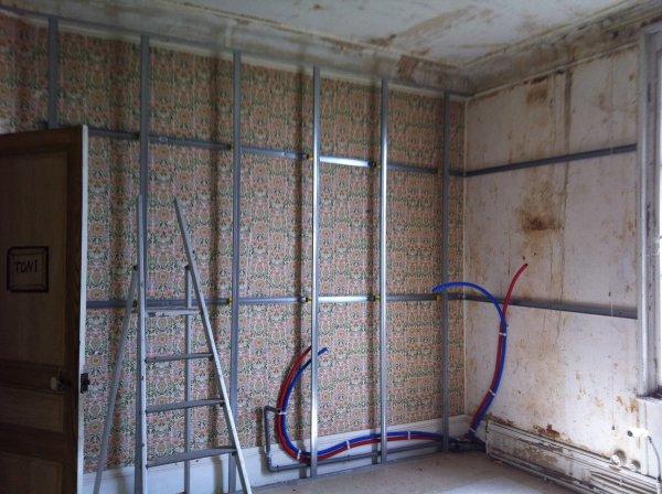 renovation de mur bienvenu aux bricoleux. Black Bedroom Furniture Sets. Home Design Ideas