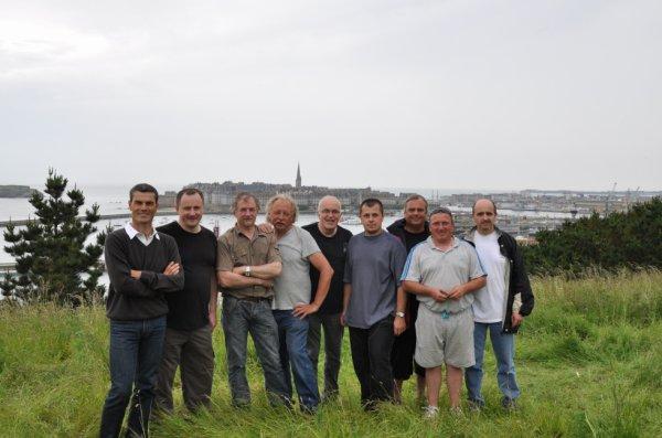 l equipe du radio club de st malo F4KIR (arace)