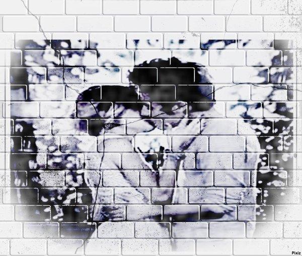Même le mur brisé le couple Leonetta est indestructible si toi aussi tu es d'accord alors kiff et remix( Ben alors il n'y a pas beaucoup de Leonetta à ce que je vois )
