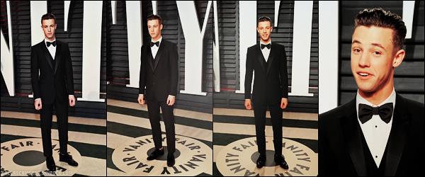 .  26/02/17 ― Cameron Dallas a été présent à la soirée et after-party tant attendus des Oscars 2017!.J'aime beaucoup son costard mais franchement je ne sais plus ce qu'il fait avec ses cheveux quoi! Un Top! Qu'en penses tu?.