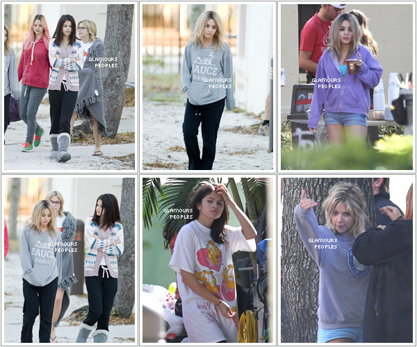 ᅠ 05 Mars 2012 : Ashley Benson, Vanessa Hudgens et Selena Gomez sur le set du film Spring Breakers en Floride ᅠ