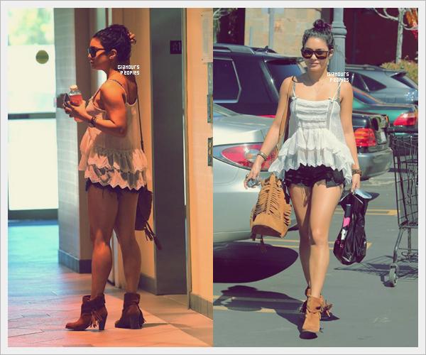 ᅠ 28 Juin 2012 : Vanessa Hudgens fait des achats au Planet Beauty à Studio City à Los Angeles ᅠ