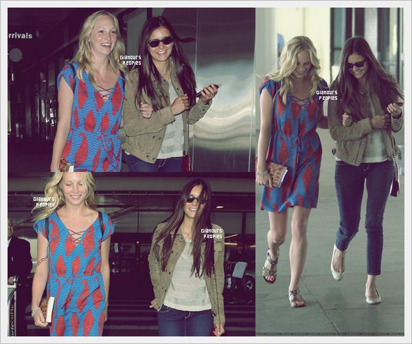 ᅠ 06 Juillet 2012 : Nina Dobrev et Candice Accola à l'aéroport LAX de Los Angeles avec le reste du cast de la série ᅠ