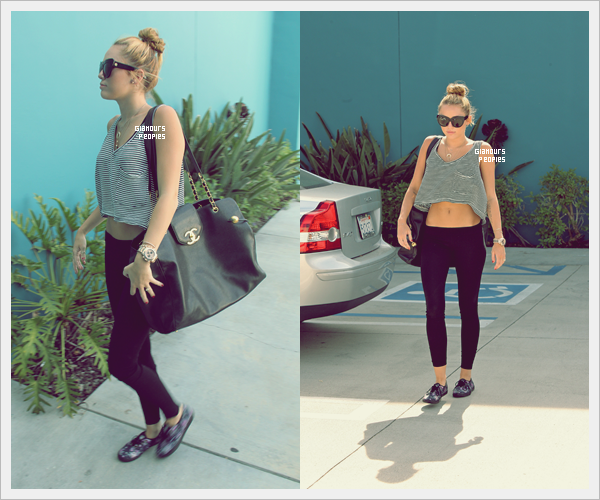 ᅠ 10 Juillet 2012 : Miley Cyrus quittant son cours de Pilates à West Hollywood ᅠ