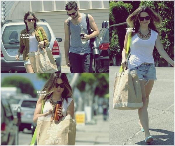 ᅠ 28 Juillet 2012 : Sophia Bush au TCA summer tour 2012 avec le cast de sa nouvelle série Partners ᅠ