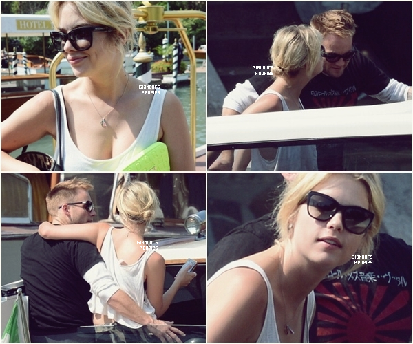 ᅠ 06 Septembre 2012 : Ashley Benson sur un bateau taxi (?) pour aller faire du shopping à Venise ᅠ