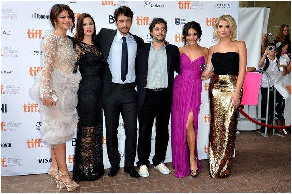 ᅠ 07 Septembre 2012 : Selena Gomez, Ashley Benson et Vanessa Hudgens à la première du film Spring Breakers à Toronto ᅠ