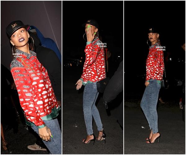 ᅠ 13 Janvier 2013 : Rihanna s'est rendu dans deux clubs le Greystone Manor Supperclub & My Studio ᅠ