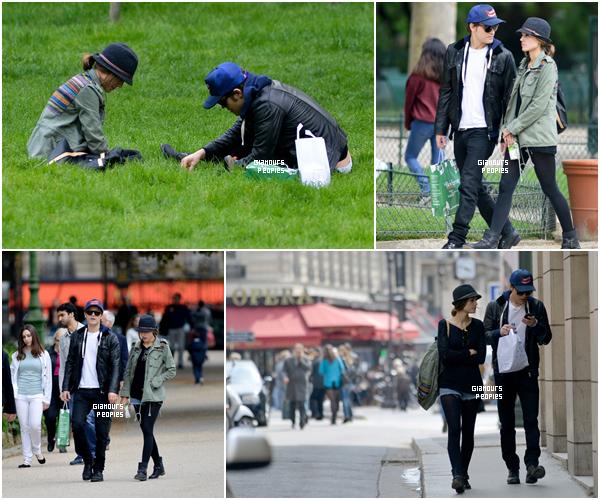 ᅠ 17 Mai 2013 : Paul Wesley et sa femme Torrey sortaient de la boulangerie Kayser pour se rendre au parc à Paris ᅠ