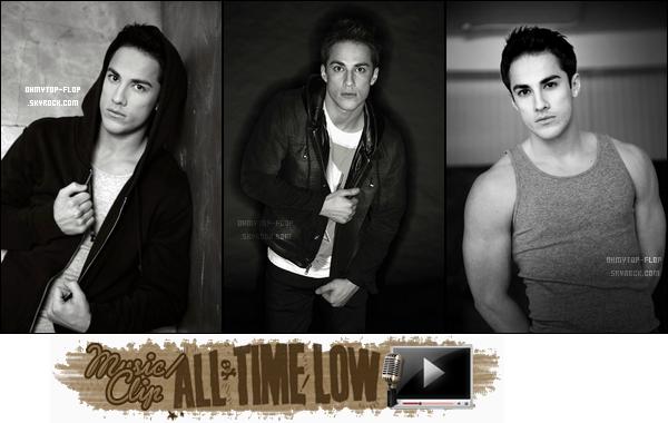 -- ______   ★ Article Découverte :  *Photoshoot Michael Trevino par Jeff Hatz (see more). ______________Votre avis ?___  *Clip/Music : All Time Low ; Clip parodie ou pas ? --