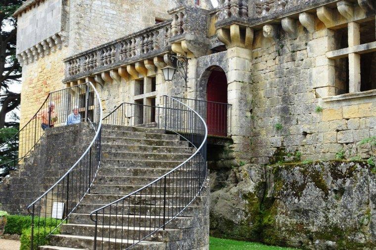 La forteresse de Fénelon, un repaire cathare.