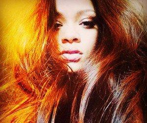 Pretty-Rihanna-Robyn