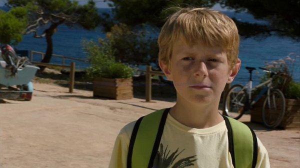 """Damien FERDEL dans """"Camping Paradis - La bonne aventure"""" (2011)"""