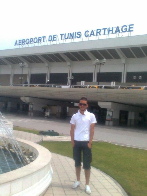 a la aeroport de tunis