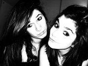 Nous , c'est pour la vie ( jumelles pas lesbienne ) <3