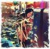 Le 28 mai , Demi Lovato à postée une photo twitter , elle était dans un Parc D'attraction ;D Un énorme TOP pour notre magnifique étoile ♥ Top / Bof / Flop ? Vos avis ?