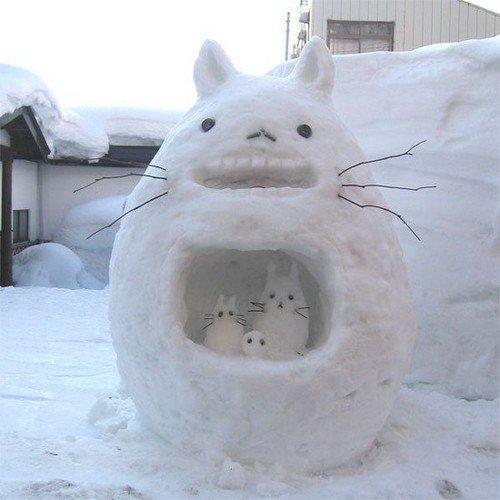 L'adorable Totoro des neiges <3